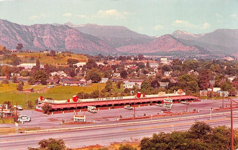 Tiny's Fruit Stand, Cashmere, Washington, Postcard, Unused