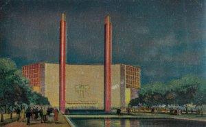 NEW YORK CITY, 1940 ; World's  Fair ; Communications hall ; Fair Cancel