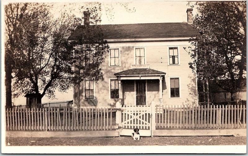RPPC IL Farm House Dog Sitting In Front Of Gate Illinois Real Photo Postcard
