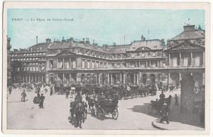 France, PARIS, La Place du Palais-Royal, unused Postcard CPA