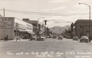 Oregon Grant's Pass View South On Sixth Street From SPRR Intersection RPPC sk129