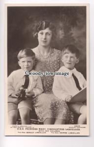 r0771 -  Princess Mary Viscountess Lascelles With Her Children - postcard