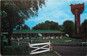 Winchester New York~El Rancho Motor Court~Shade Tree~Sign~1950s Postcard