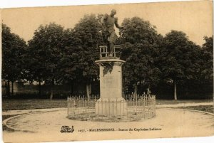 CPA MALESHERBES - Statue du Capitaine Lelievre (227651)