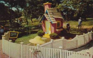 Brick House Of The Three Little Pigs Children's Fairyland Oakland California