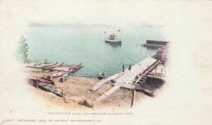 YELLOWSTONE PARK, Wyoming, 1900 ; Yellowstone Lake