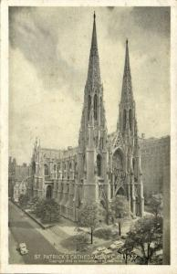 NEW YORK, N.Y., St. Patrick's Cathedral (1942)