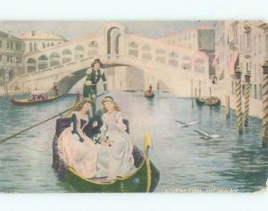 Pre-Linen PRETTY GIRLS RIDING IN GONDOLA BOAT IN VENICE ITALY J3558