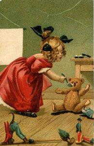 Molly & The Bear Series 791, Teddy Bear.  Artist: M. Greiner    (corner torn)