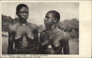 Africa Oriental Portuguese Raparigas Muchop's Nude Native Women Postcard
