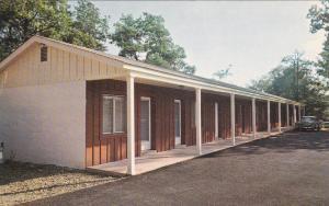LITTLE SWITZERLAND, North Carolina; Big Lynn Lodge Motel, 1940-60s