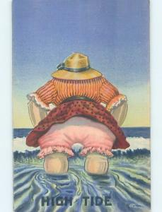 Linen comic FAT WOMAN WEARING PINK UNDERWEAR AT HIGH TIDE HL3461