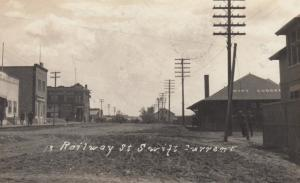 RP: Railway Street & Train Depot , SWIFT CURRENT , Saskatchewan , Canada , 1912