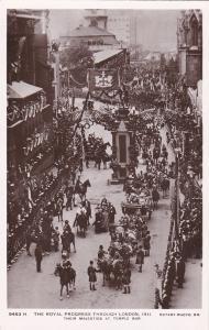 RP; LONDON, England, 1900-1910´s; The Royal Progress Through London, Their Majes