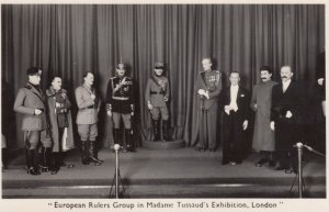 RP: LONDON , England , 1940s ; European Rulers Group in Madame Tussaud's Exhi...