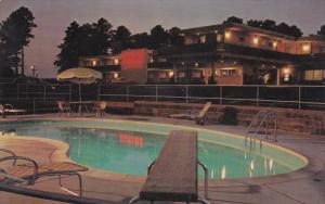 Swimming Pool, Night View, Quality Courts Motel Alpine, MACON, Georgia, 40-60's