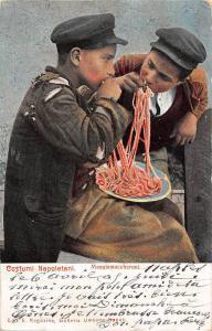 Italia, Costumi Napoletani, Mangiamaccheroni, macaroni spaghetti pasta 1905