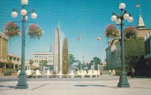Central Square, City Hall, VICTORIA, British Columbia, Canada, 40-60'