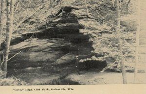 GALESVILLE , Wisconsin , 1900-10s , Cave , High Cliff Park