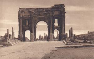 Tunisia Ruines Romaines de Timgad Vue generale prise du Capitole