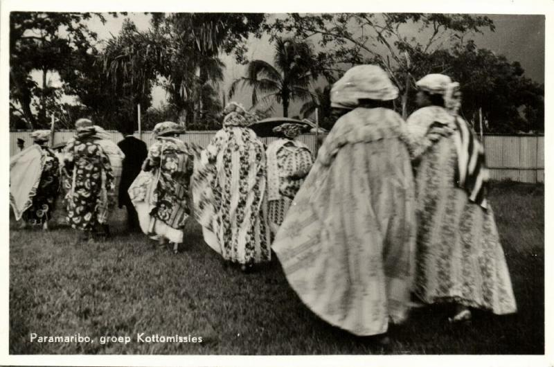 suriname, Native Kotto Missies in Traditional Dresses (1950s) RPPC