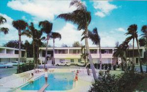 Chartrands Motel Pool Bartow Florida
