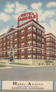 KNOXVILLE , Tennessee , 30-40s ; Hotel Arnold