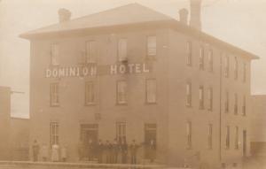 RP: GRAVELBOURG , Sask. , Canada , 1900-10s ; Dominion Hotel