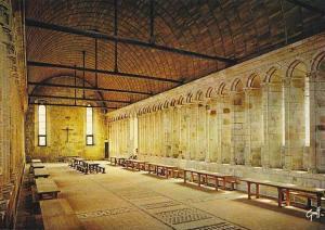 France Le Mont Saint Michel Refectorie des moines de l'abbaye