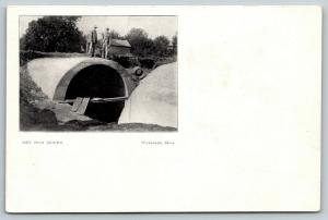 Waterloo IA~Men Standing on 12-Foot Tall Sewer Pipe~Flood Solution Banquet*~1906