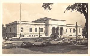 Detroit Michigan~Detroit Institute of Arts~Classic 40s Cars in Street~RPPC