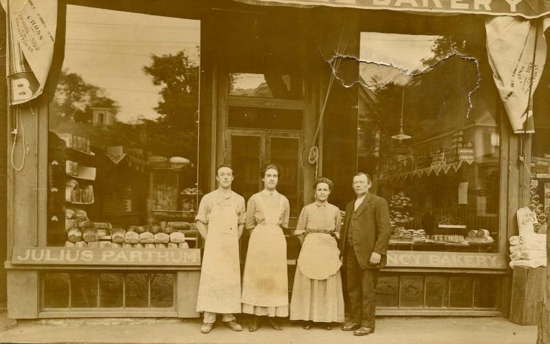 MA - Lowell, 1912. Julius Parthum Fancy Bakery.  *RPPC    (damaged but still ...
