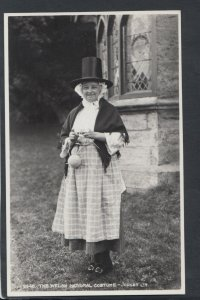Ethnic Postcard - The Welsh National Costume   RS15251