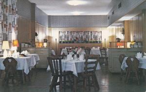 Interior Copeland Inn , PEMBROKE , Ontario , Canada , PU-1963