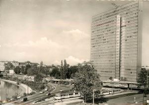 Jan Wellem-Platz mit Thyssen-Haus DUSSELDORF Germany RPPC 1960's Postcard