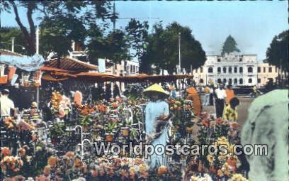 Vietnam, Viet Nam,  Nhân Vật Saigon Flower market NguyenHue Street
