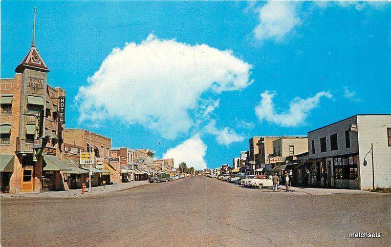 1950s North Center Avenue HARDIN MONTANA Autos McCollom postcard