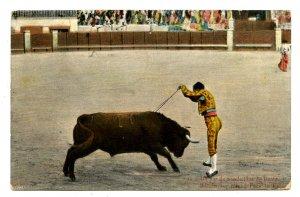 Mexico - Bullfighting. Bandarillas Placed Face to Face