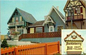 Vintage Postcard Huckleberry Hill Craft Village Cave City Kentucky Unposted 1211