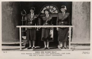 RP: ESSEX Girl Guides Rally, UK , 40-50s ; TUCK