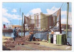 RP, Capitale De La Construction Navale, Le Building Vu Du Port, St-Nazaire (L...