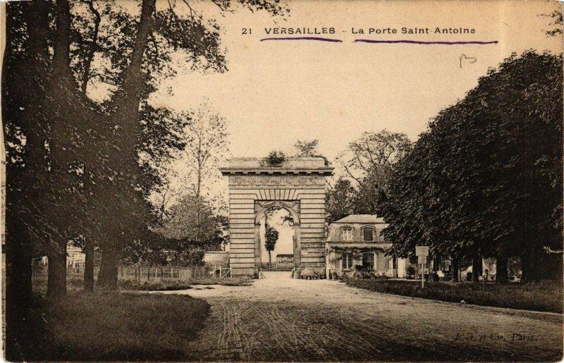 CPA  Versailles - La Porte Saint Antoine   (657609)