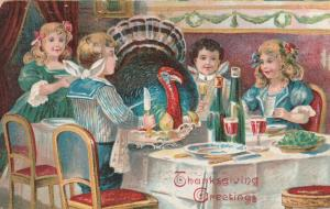 Thanksgiving Greetings - Unusual - Turkey is Dinner Guest - pm 1908 - DB
