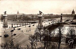 France Paris Pont Alexandre III et esplanade des Invalides 1945