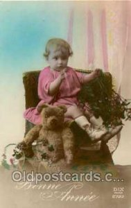 Teddy Bear 1922 light indentation in card, square corners