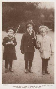 RP: Norway  : 00-10s ; Crown Prince Olaf , Prince John & Prince George of Wales