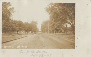 RP: FAIRFIELD , Iowa , 1907 ; Broadway Street West