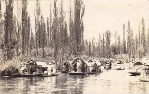 RP; Merchants on the river, Xochimilco, Mexico, 30-40s