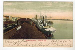 1858 AL Mobile Harbor Yachts Docked
