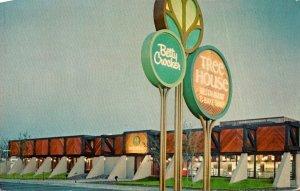 Ohio Columbus Betty Crocker Tree House Restaurant and Bake Shop 1974